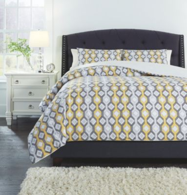 Ashley Mato Comforter 3-Piece King Yellow Comforter Set