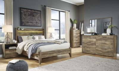 Ashley Rusthaven Four Piece King Bedroom Set