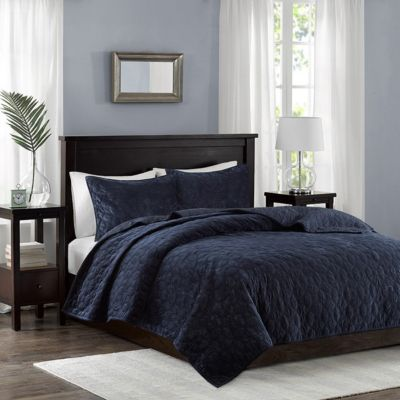 Hampton Hill Harper Navy 3-Piece King Coverlet
