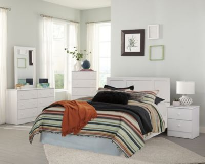 Kith Furniture White Queen Bedroom Set