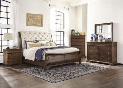 Klaussner Trisha Yearwood Dottie 4-Piece King Bedroom Set