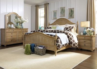Liberty Harbor View 4-Piece King Poster Bedroom Set
