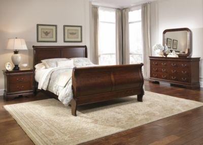 Liberty Carriage Court 4-Piece King Sleigh Bedroom Set