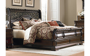 Liberty Arbor Place Queen Sleigh Bed