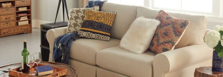 Couches Sectional Sofas & Sleeper Sofas