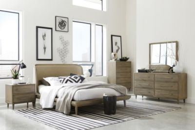 Modus Furniture Spindle 4-Piece Queen Bedroom Set