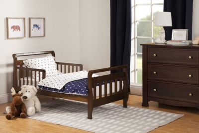 Million Dollar Baby Davinci Sleigh Toddler Bed