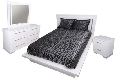 New Classic Sapphire 4-Piece King Bedroom Set