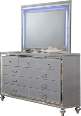 New Classic Valentino Dresser with Mirror