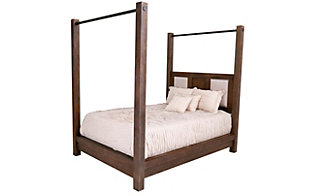 New Classic Heartstone Manor Queen Poster Bed