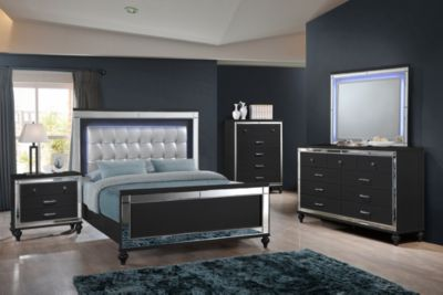 New Classic Valentino Black 4-Piece Queen Bedroom Set