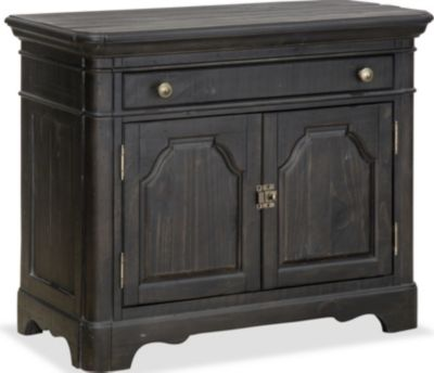 Magnussen Bedford Corners Bachelor's Chest